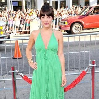 Lindsay Sloane in The Los Angeles Premiere of Horrible Bosses - Arrivals