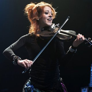 Lindsey Stirling in Perez Hilton's One Night in Austin Concert - lindsey-stirling-one-night-in-austin-concert-01
