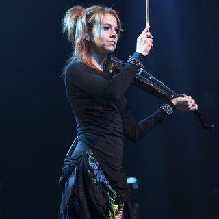 Lindsey Stirling in Perez Hilton's One Night in Austin Concert - lindsey-stirling-one-night-in-austin-concert-08