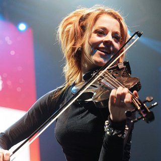 Lindsey Stirling in Perez Hilton's One Night in Austin Concert - lindsey-stirling-one-night-in-austin-concert-10