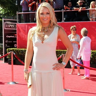 Lindsey Vonn in 2012 ESPY Awards - Red Carpet Arrivals