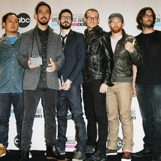 Linkin Park in The 40th Anniversary American Music Awards - Press Room