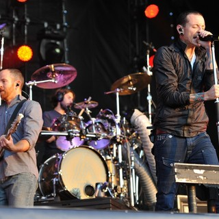 Dave Farrell, Rob Bourdon, Chester Bennington, Linkin Park in Linkin Park Performing at Maxidrom Music Festival