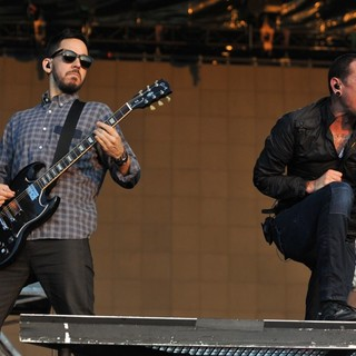 Joe Hahn, Mike Shinoda, Chester Bennington, Brad Delson, Linkin Park in Linkin Park Performing at Maxidrom Music Festival