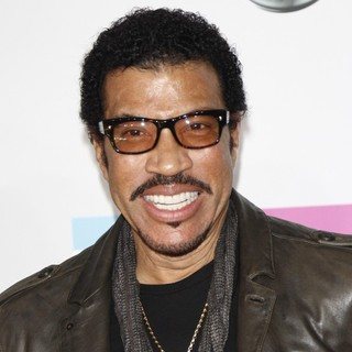 Lionel Richie in 2011 American Music Awards - Arrivals