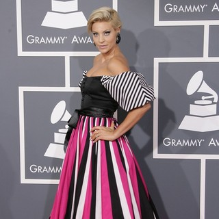 Lisa D'Amato in 55th Annual GRAMMY Awards - Arrivals