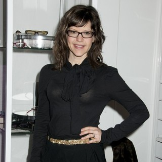 Lisa Loeb in Lisa Loeb Makes An Appearance for Classique Eyewear at Vision Expo East