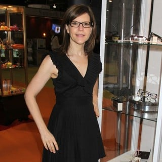 Lisa Loeb in Vision Expo West 2011