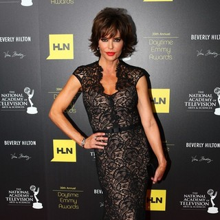 Lisa Rinna in 39th Daytime Emmy Awards - Press Room
