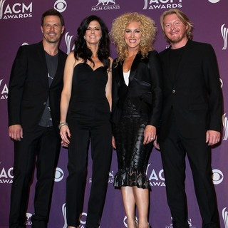 2012 ACM Awards - Press Room