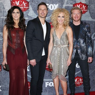 Little Big Town in 2012 American Country Awards - Arrivals
