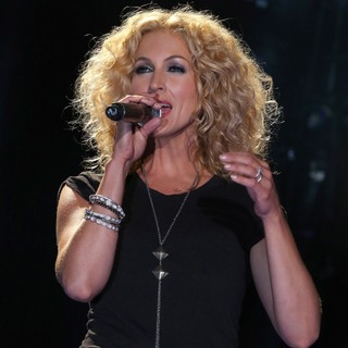 Kimberly Schlapman, Little Big Town in The 2013 CMA Music Festival - Day 2