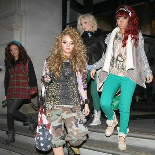 Little Mix in Little Mix Arrive Back at Their Hotel with A Large Number of Shopping Bags