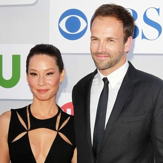 Lucy Liu, Jonny Lee Miller in CBS Showtime's CW Summer 2012 Press Tour - Arrivals