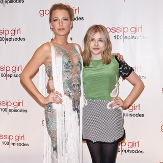Blake Lively, Chloe Moretz in Gossip Girl Celebrates 100 Episodes