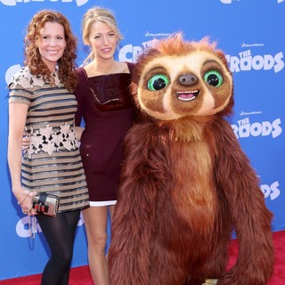 Robyn Lively, Blake Lively in The Croods Premiere - Arrivals