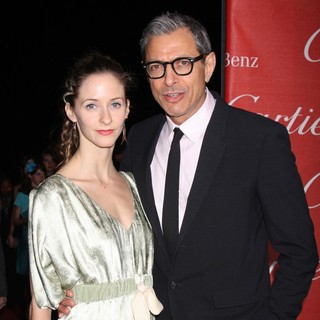 Emilie Livingston, Jeff Goldblum in The 23rd Annual Palm Springs International Film Festival Awards Gala - Arrivals