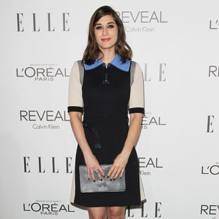 Lizzy Caplan in ELLE's 21st Annual Women in Hollywood Celebration - lizzy-caplan-elle-s-21st-annual-women-in-hollywood-celebration-02