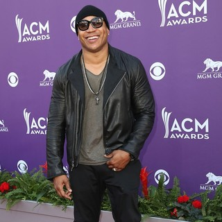 LL Cool J in 48th Annual ACM Awards - Arrivals
