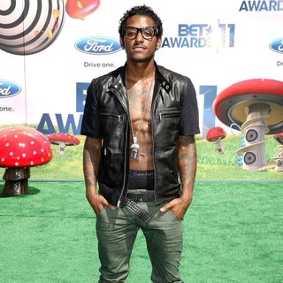 Lloyd in BET Awards 2011 - lloyd-bet-awards 2011-01