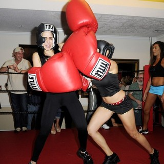 Michael Lohan, Nadya Suleman, Cassandra Andersen in Big Bang Celebrity Boxing Match