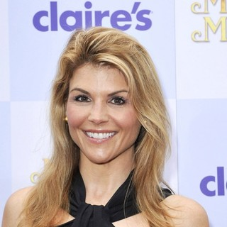 Lori Loughlin in Relativity Media Presents The Los Angeles Premiere of Mirror Mirror - Arrivals