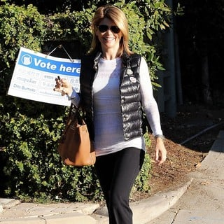 Lori Loughlin in Lori Loughlin Arriving at The Voting Polling Station for The US Presidential Election