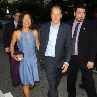 Laura Louie, Woody Harrelson in New York Premiere of Now You See Me