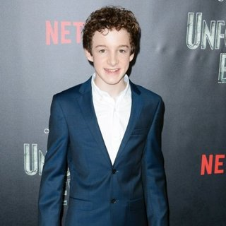 Louis Hynes-Lemony Snicket's A Series of Unfortunate Events Screening - Red Carpet