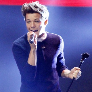Louis Tomlinson, One Direction in One Direction Perform Live on Sweden's X Factor