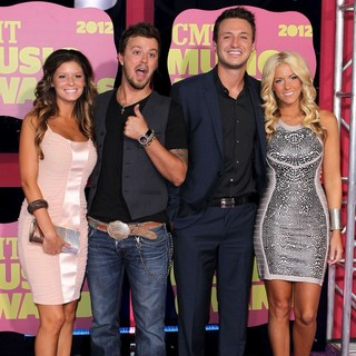 Love and Theft in 2012 CMT Music Awards