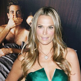 "Molly Sims in World Premiere of ""Love and Other Drugs"" at AFI Fest 2010 Opening Night Gala"