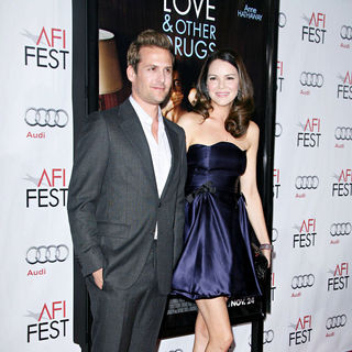 "Gabriel Macht, Jacinda Barrett in World Premiere of ""Love and Other Drugs"" at AFI Fest 2010 Opening Night Gala"