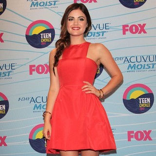 Lucy Hale in The 2012 Teen Choice Awards - Press Room
