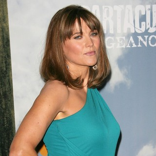 Lucy Lawless in Premiere of Starz' Spartacus: Vengeance
