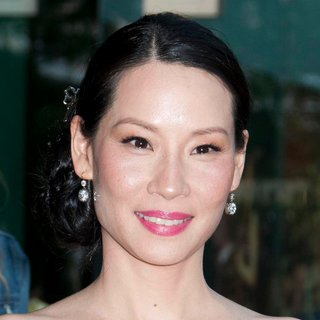 Lucy Liu in The 2011 CFDA Fashion Awards