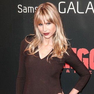 Lucy Punch in The Premiere of Django Unchained - lucy-punch-premiere-django-unchained-02