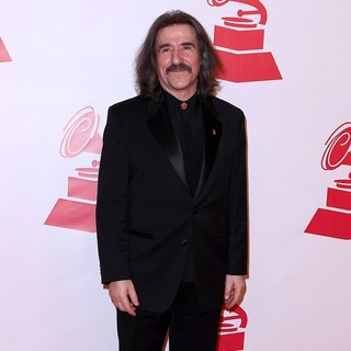 Luis Cobos in 2011 Latin Recording Academy Person of The Year Tribute to Shakira