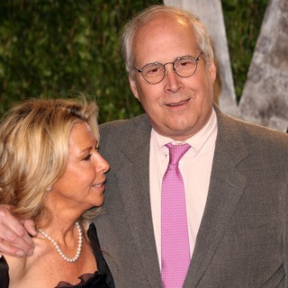 Jayni Luke, Chevy Chase in 2012 Vanity Fair Oscar Party - Arrivals