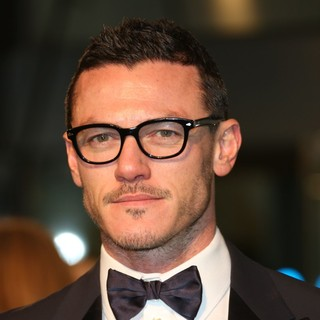 Luke Evans in The Hobbit: An Unexpected Journey - UK Premiere - Arrivals
