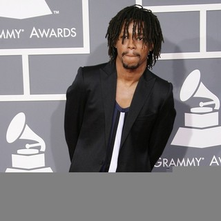 Lupe Fiasco in 55th Annual GRAMMY Awards - Arrivals - lupe-fiasco-55th-annual-grammy-awards-01