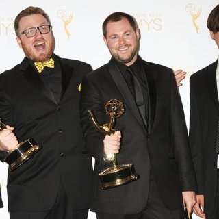 Jane Lynch, Rob Butler, Josh Earl, Art O'Leary in 2014 Creative Arts Emmy Awards - Press Room