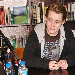 Macaulay Culkin Signs Copies of His Book Junior