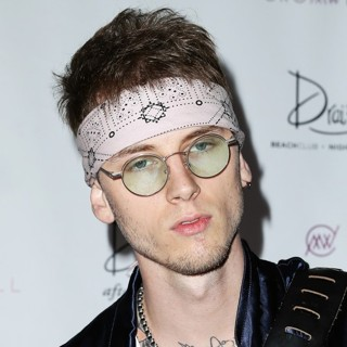 Machine Gun Kelly-Machine Gun Kelly Makes A Splash at Drai's Beachclub