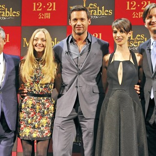 Cameron Mackintosh, Amanda Seyfried, Hugh Jackman, Anne Hathaway, Tom Hooper in The Japan Premiere of Les Miserables