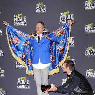 Macklemore, Ryan Lewis in 2013 MTV Movie Awards - Press Room