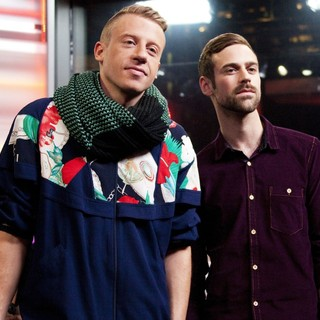 Macklemore, Ryan Lewis in Macklemore and Ryan Lewis Appear on Much Music's New.Music.Live