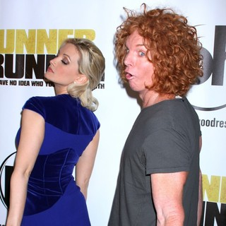 Holly Madison, Carrot Top in Twentieth Century Fox and New Regency Celebrate The World Premiere of Runner, Runner