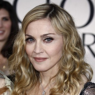 Madonna in The 69th Annual Golden Globe Awards - Arrivals
