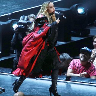 Madonna - Madonna Performs Live During Her Rebel Heart Tour